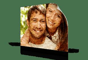Foto mosaico sobre poster pareja morena